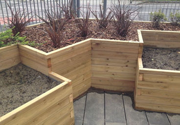 Bespoke outdoor planters for a Croydon Primary School
