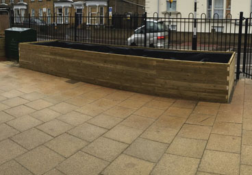 Wooden vegetable trough installed at Whitehorse Manor Primary