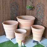 4 sizes of the Monachou Terracotta plant pot