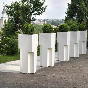Modern garden planter in white